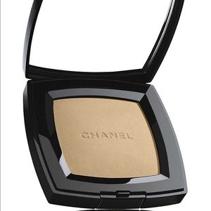 CHANEL PoudreUniverselleCompact Natural 140Muscade